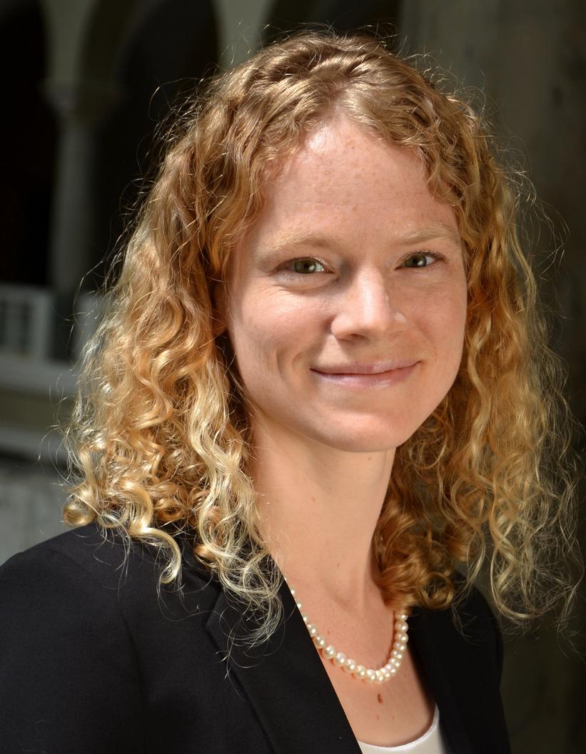 Dr. Alma Brodersen